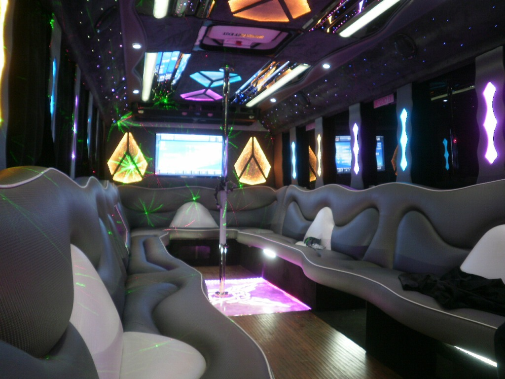 Party Bus Limousines Archives   Montreal Limousine Wedding | Weddings And  Graduation By SLS Limousines